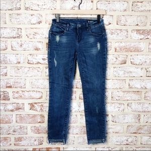 Blank NYC Uneven Fray Raw Hem Cropped Skinny Jeans